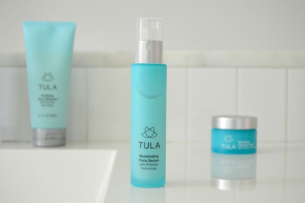 TULA FAV - Illuminating Face Serum