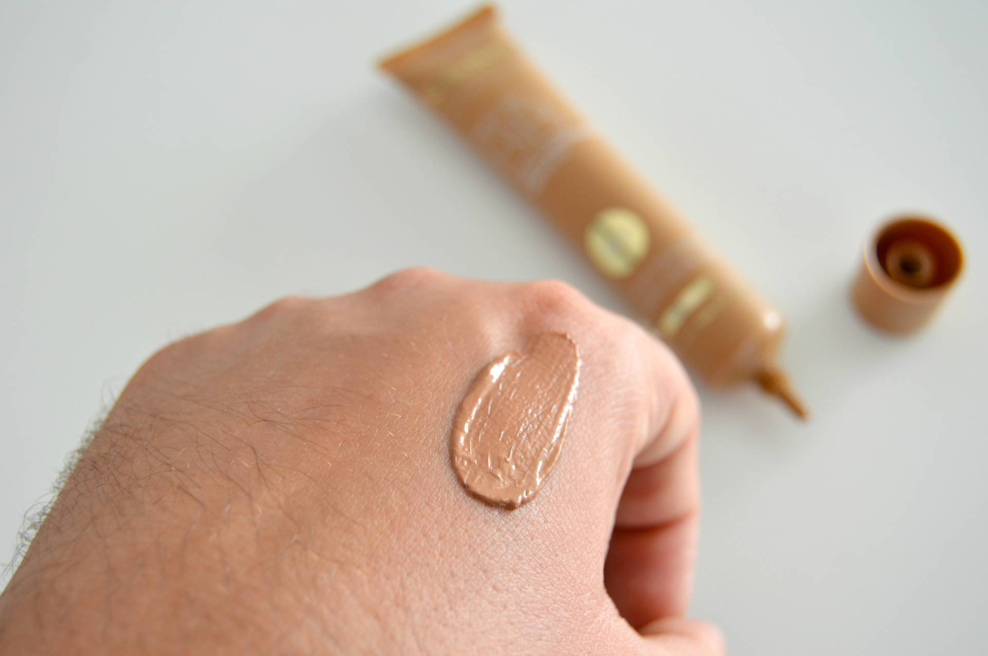 karin herzog new bb cream swatch medium shade inhautepursuit review promo discount code