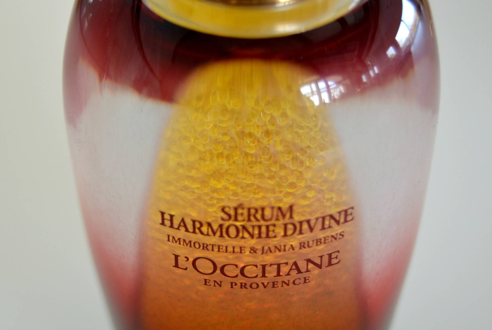 loccitane-harmonie-divine-serum-encapsulated-oil-review-inhautepursuit