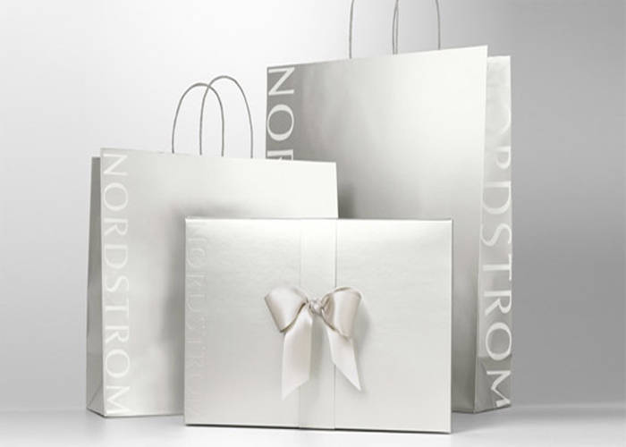 nordstrom-holiday-2016-beauty-gift-guide-inhautepursuit